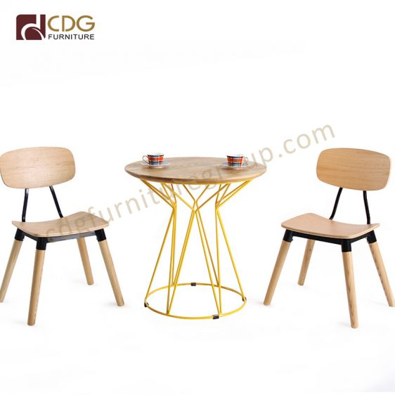 Enjoyable Modern Restaurant Ply Chairs White Color Wooden Legs Dining Andrewgaddart Wooden Chair Designs For Living Room Andrewgaddartcom