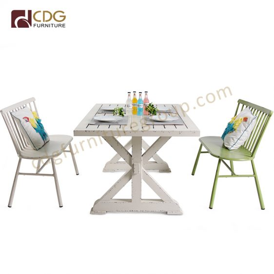 Classical Metal Table Chair Sets Durable X Shape Base Outdoor Dining